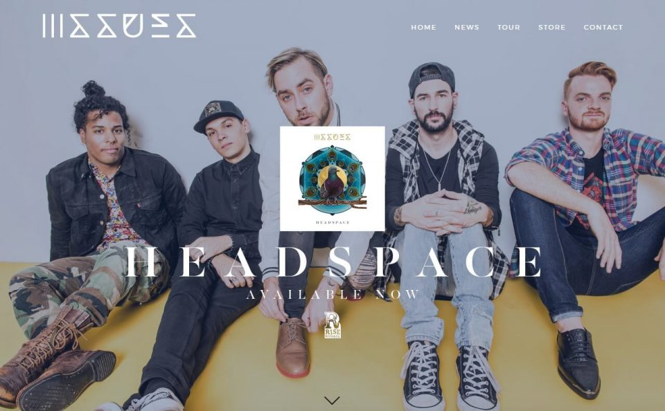 Issues | Official SiteのWEBデザイン