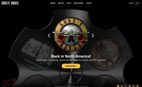 Guns N' Roses > HomeのWEBデザイン