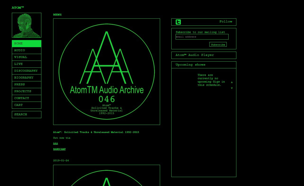 atom-tm.comのWEBデザイン