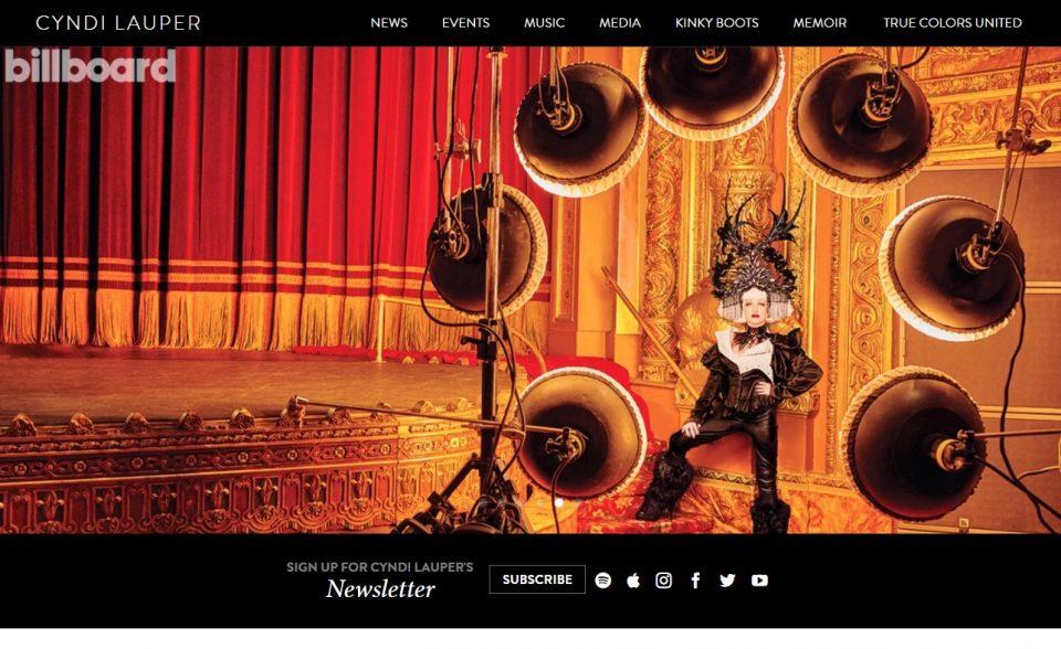 Cyndi Lauper – Official SiteのWEBデザイン