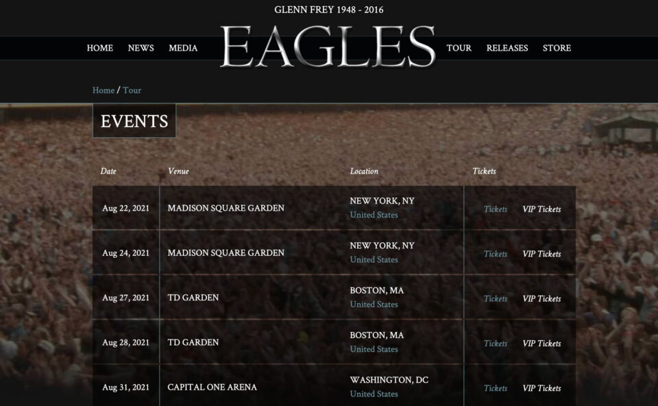 Eagles – Official SiteのWEBデザイン